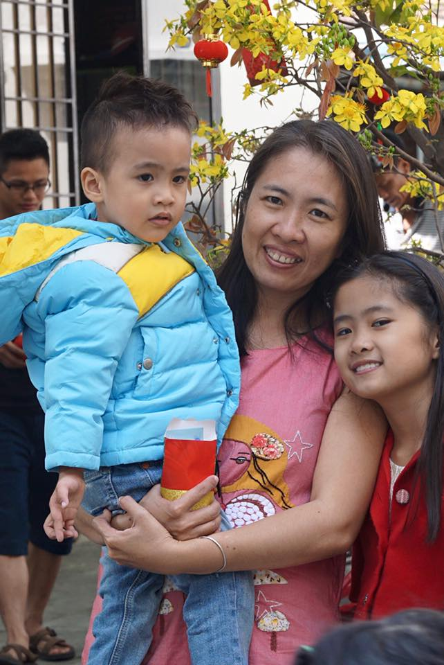 Nguyen Ngoc Nhu Quynh and her children, January 2016. Source: Facebook